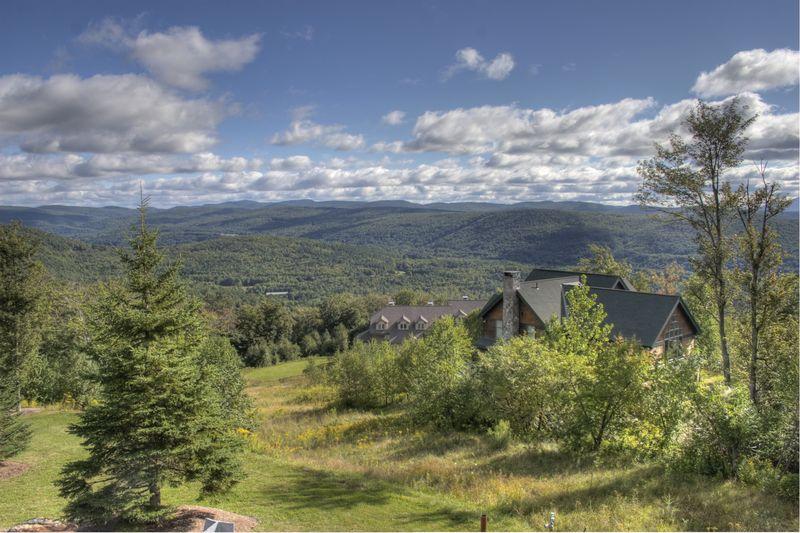 Vermont Valley ©2010 Peter Tooker