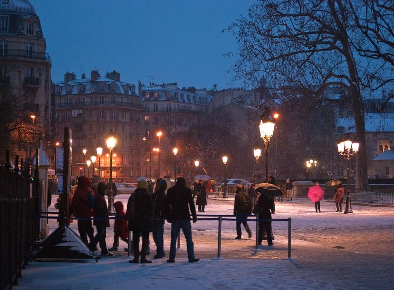 A Christmas Evening at Notre Dame ©2010 Claudia Ward