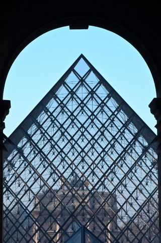 l'Arc de Triomphe du Carroussel through the Pyramid at the Louvre ©2010 Claudia Ward