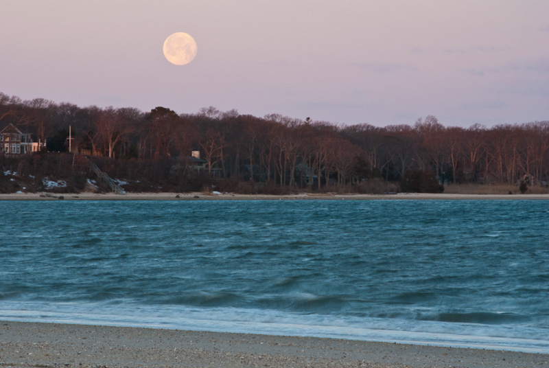 Moon Setting Over Noyak Bay Feb 19, 2011, D60, 120mm, Tripod, Remote Release, ISO 400, 1/3 sec at f/29