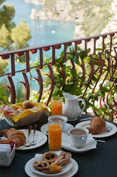 Breakfast on the Balcony at Eden Roc