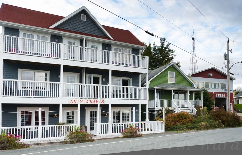 Baddeck_Water's_Edge_Inn