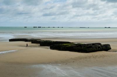 Arromanche, Normandy © 2013 Claudia Ward