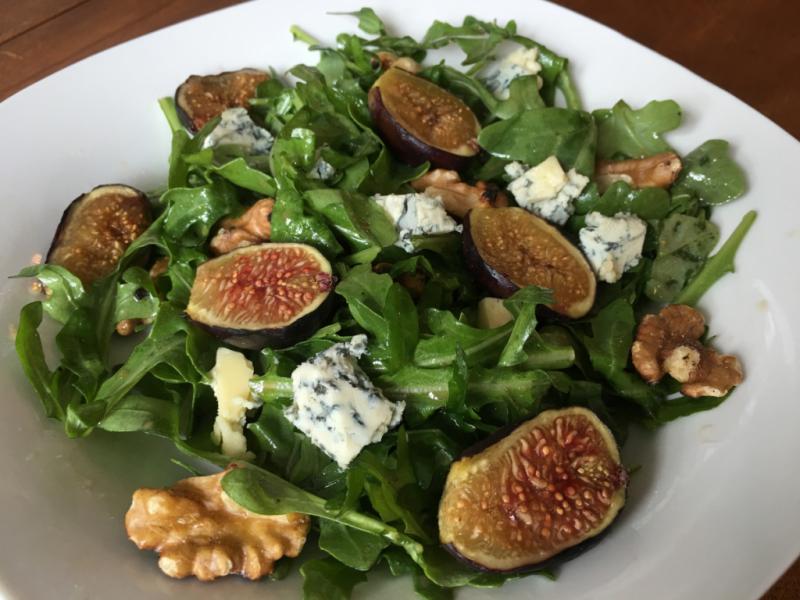 Warm Fig & Arugula Salad © 2016 Claudia Ward