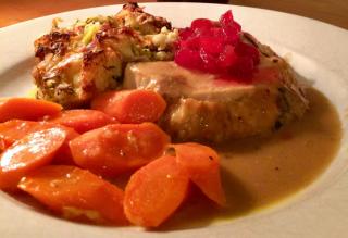 Thanksgiving Dinner © Claudia Ward