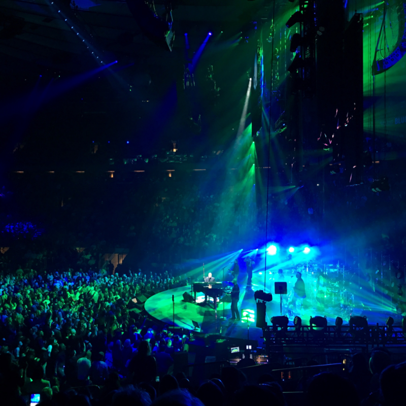 Billy Joel on Stage at Madison Square Garden © Claudia Ward