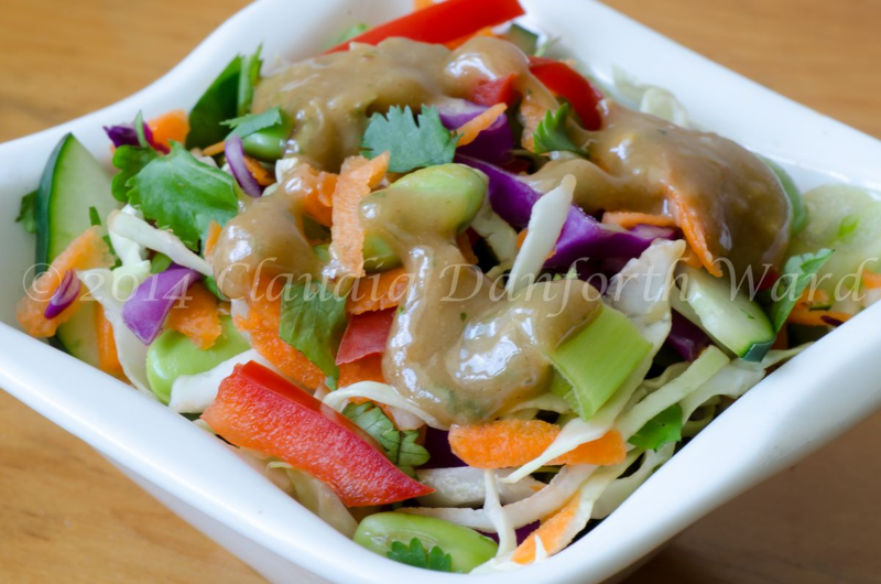 Thai_Crunch_Salad_with_Peanut_Dressing_© 2014 Claudia Ward