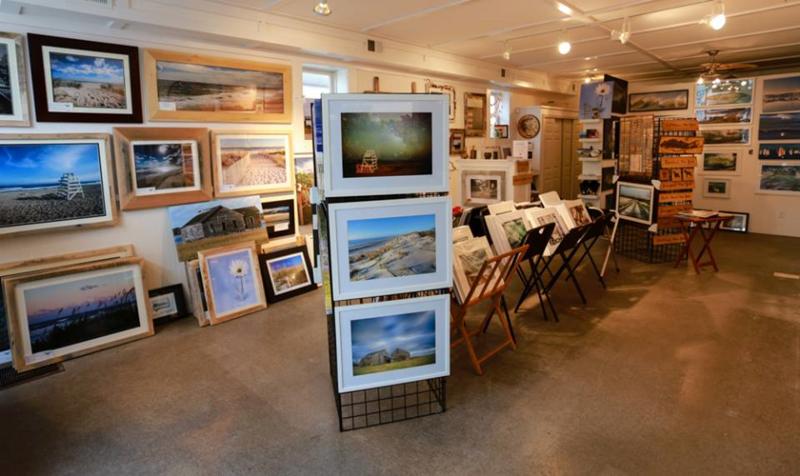 Hampton Bays Pop-Up Art Gallery