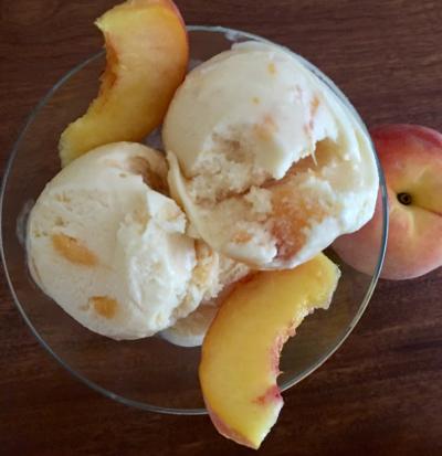 Homemade Peach Ice Cream © 2018 Claudia Ward